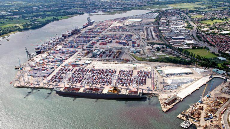 Vận chuyển hàng hóa đi Anh xuất nhập khẩu