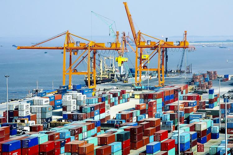 Vận chuyển hàng hóa từ cảng Sài Gòn (HCM) đến cảng Thượng Lý