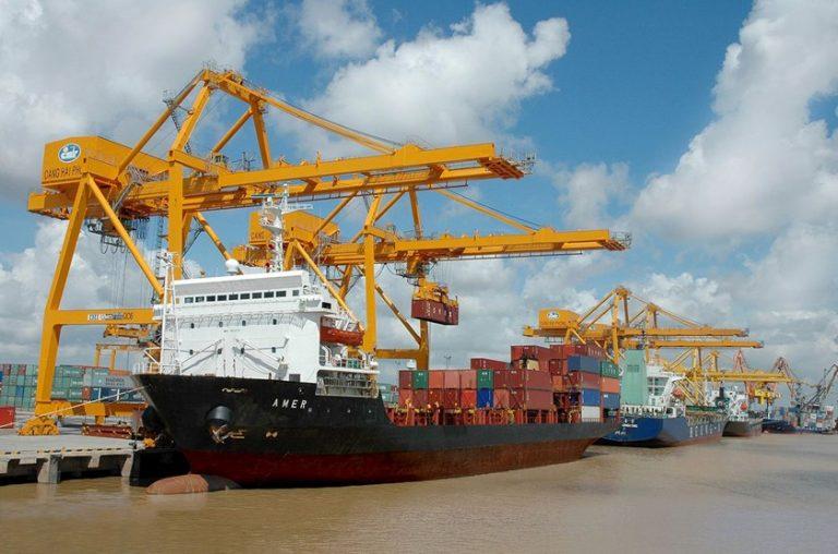 Xuất nhập khẩu hàng hóa đi từ cảng Đà Nẵng đến cảng Liverpool (Anh)