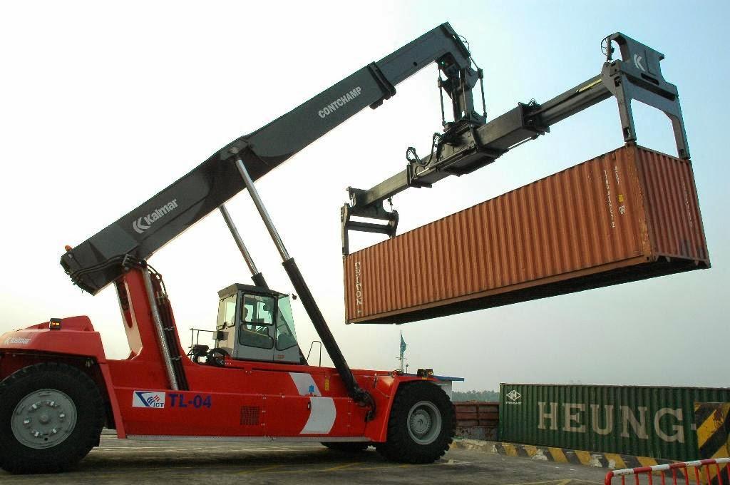 Dịch vụ nâng cẩu di dời máy móc của Indochinapost