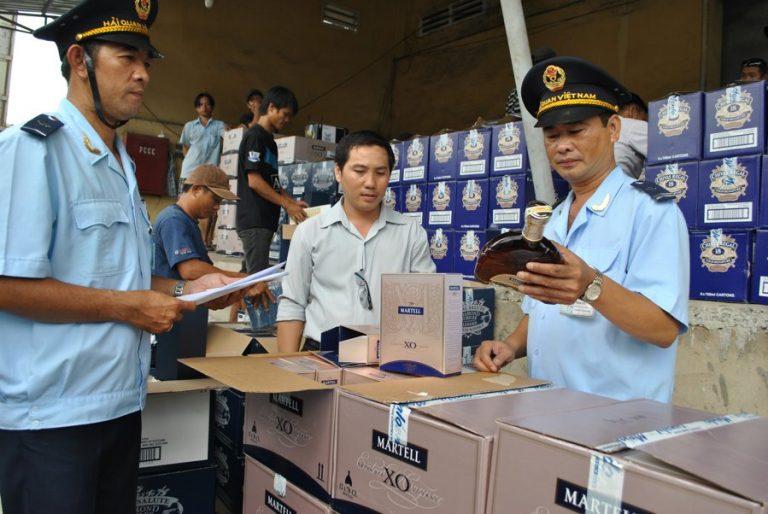 Thủ tục hải quan chuyển cửa khẩu đối với hàng hóa đưa ra kho ngoại quan