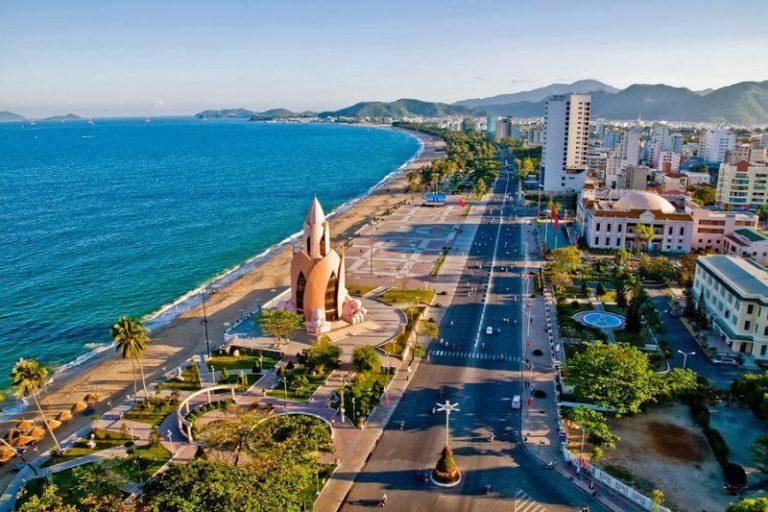 Dịch vụ xếp dỡ và nâng hạ đóng gói hàng hóa tại Nha Trang