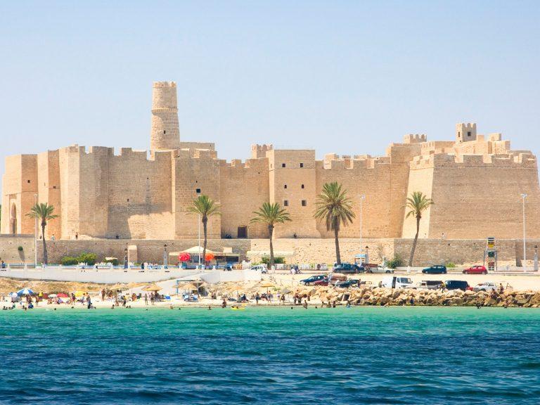 Dịch vụ vận chuyển hàng siêu trường siêu trọng đi Tunisia từ Tphcm