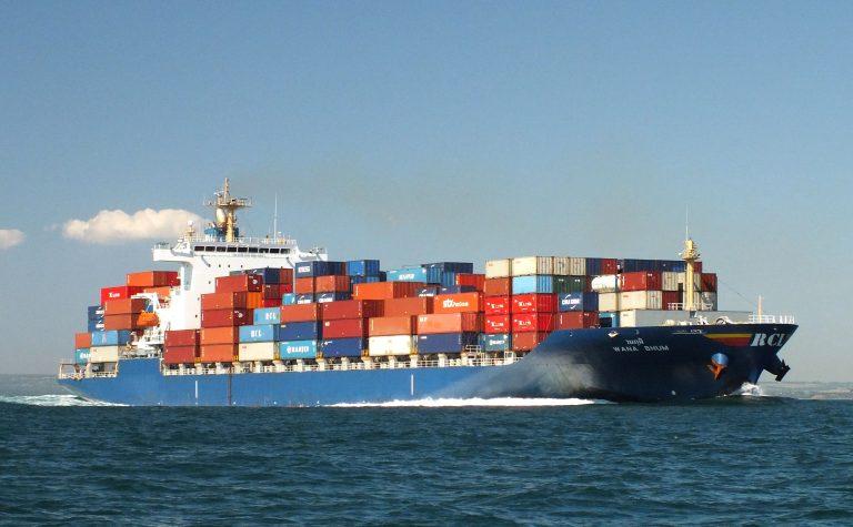Dịch vụ vận chuyển cát đá xuất khẩu từ Việt Nam đi cảng Laem – Chabang Thái Lan giá rẻ
