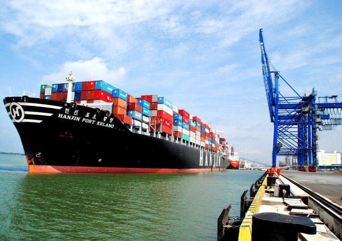 Book tàu xuất khẩu Tôm đi Anh Quốc giá rẻ