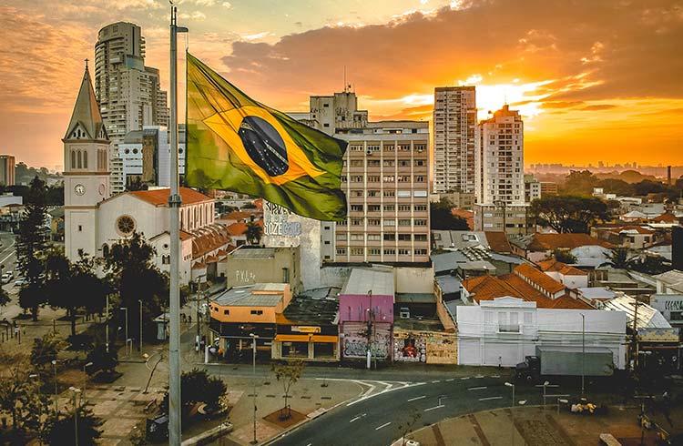 Chuyen phat nhanh Can Tho di Brazil