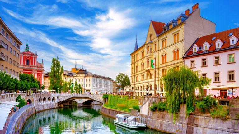 Dịch vụ gom hàng lẻ (LCL) từ Cần Thơ đi Slovenia