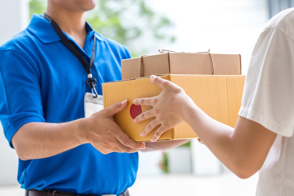 Hàng hóa giao tận tay khách hàng