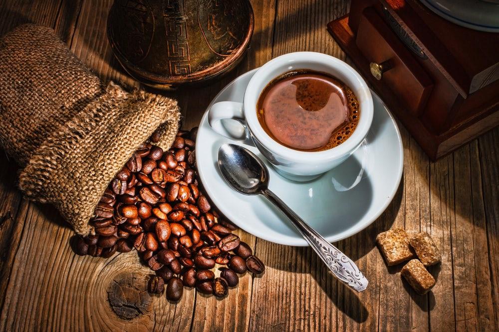 Chuyển phát nhanh cà phê Cần Thơ đi Châu Âu