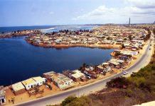 Chuyển phát nhanh đi Angola