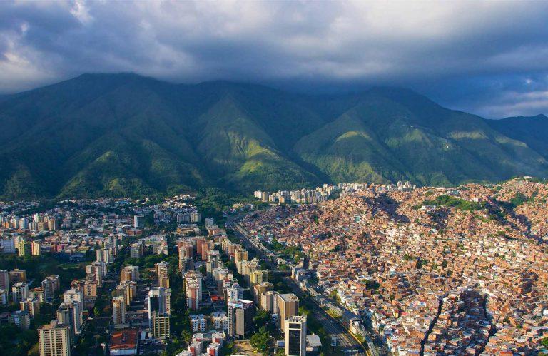 Chuyển phát nhanh từ Sài Gòn đi Venezuela giá tốt!